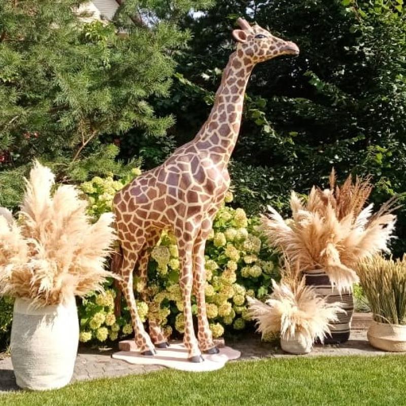 Декоративный жираф