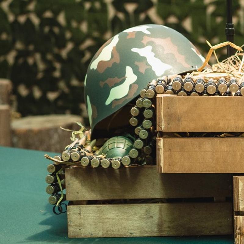 Каска военная декоративная