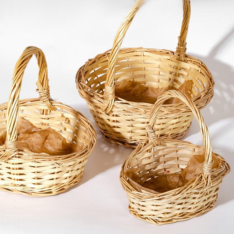 Набор из трех соломенных корзин