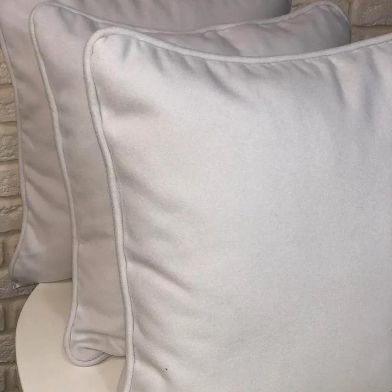 Подушка белый драп